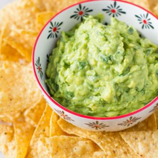 Quick and Easy Guacamole + Guacamole 101
