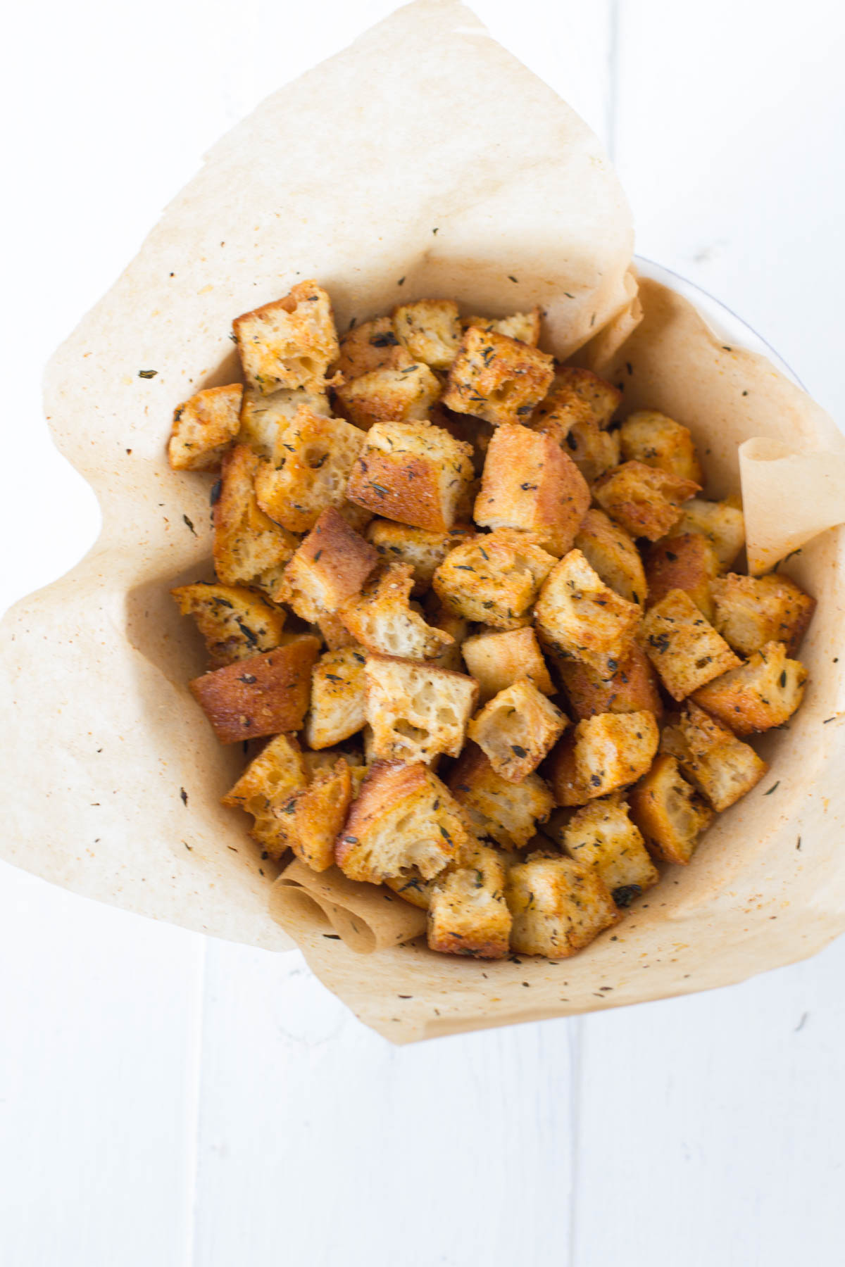 homemade garlic-thyme croutons